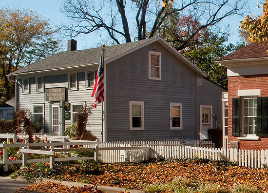 The Hart's farmhouse on the left, now the Edison Birthplace Museum, and the Edison homestead itself, on the right.